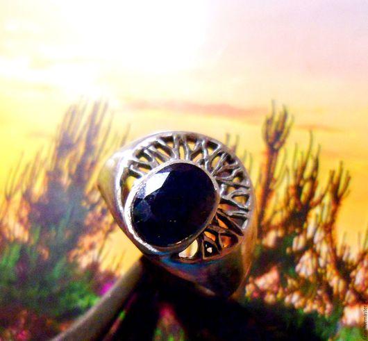 """Кольца ручной работы. Ярмарка Мастеров - ручная работа. Купить """"Хельга"""" мадагаскарский сапфир, ажурное серебро 925. Handmade. корунд"""