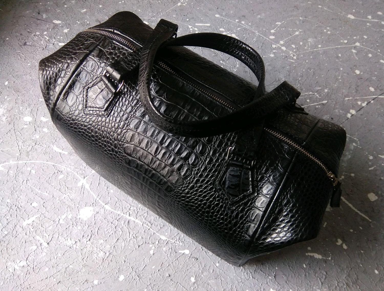 Женские сумки ручной работы. Ярмарка Мастеров - ручная работа. Купить Саквояж ручной работы из натуральной кожи под крокодила. Handmade.