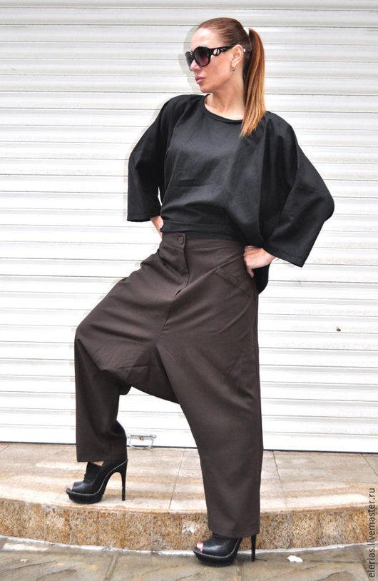 Коричневые брюки. Женские брюки. Брюки свободного кроя.