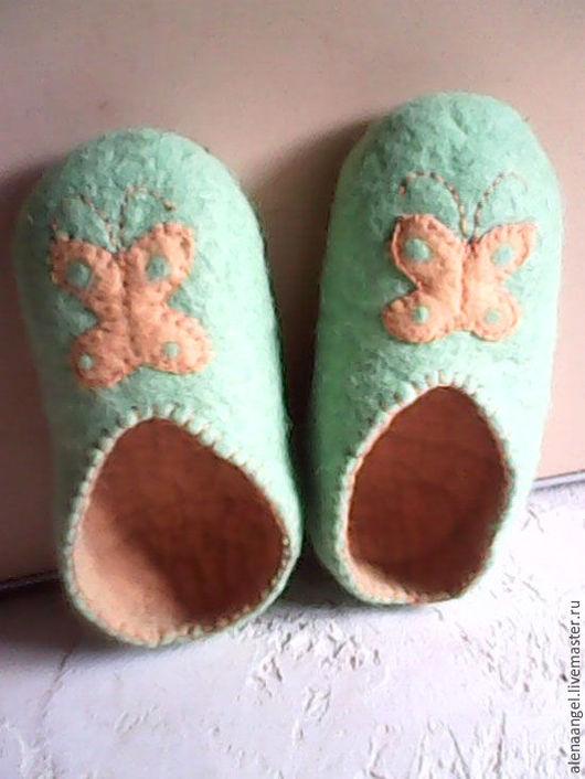 Обувь ручной работы. Ярмарка Мастеров - ручная работа. Купить тапочки Весенняя Бабочка. Handmade. Мятный, тапочки женские