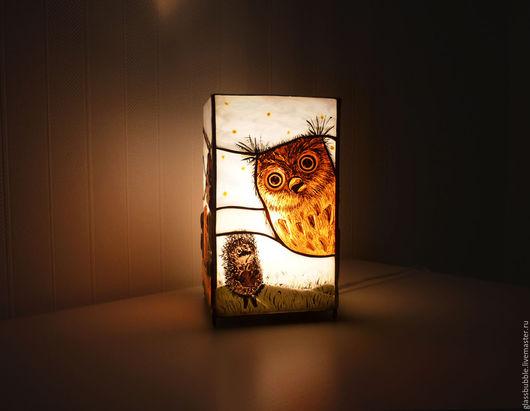 Освещение ручной работы. Ярмарка Мастеров - ручная работа. Купить Витражный ночник по мотивам мультфильма Ёжик в тумане. Тиффани,фьюзинг. Handmade.