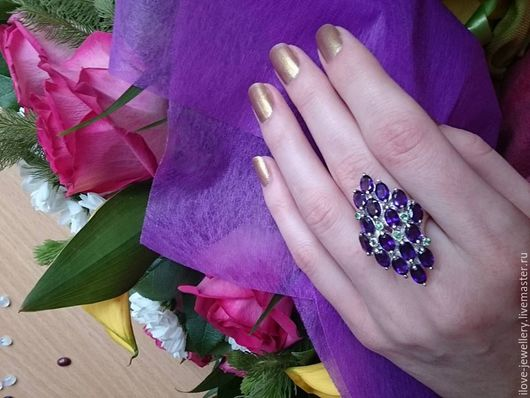 """Кольца ручной работы. Ярмарка Мастеров - ручная работа. Купить """"Mystery""""-модное серебряное кольцо с уругвайскими аметистами и цаворит. Handmade."""