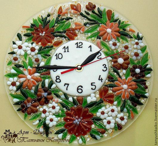 Часы для дома ручной работы. Ярмарка Мастеров - ручная работа. Купить настенные часы из стекла ФЕРРЕРО, фьюзинг. Handmade. Коричневый