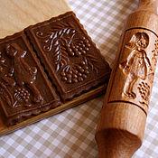 Для дома и интерьера ручной работы. Ярмарка Мастеров - ручная работа Скалка для пряников и печенья девочка и рябина пряничная скалка062. Handmade.