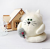 """Куклы и игрушки handmade. Livemaster - original item Мягкий котик  """"""""Пломбирчик"""" Кот домовой. Handmade."""