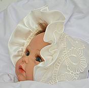"""Работы для детей, ручной работы. Ярмарка Мастеров - ручная работа Шапочка для новорожденного Шапочка для девочки"""" королевна"""".. Handmade."""