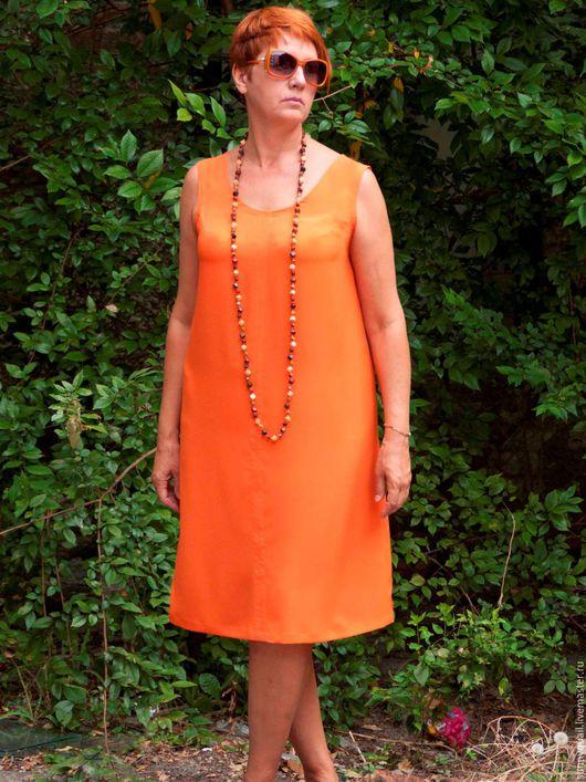 Платье Сарафан  `Апельсин` Готовое платье в единственном экземпляре.Силуэт трапеция скрывает недостатки фигуры и подчеркивает её достоинства.Апельсиновый цвет очень эффектно подчеркнет летний загар