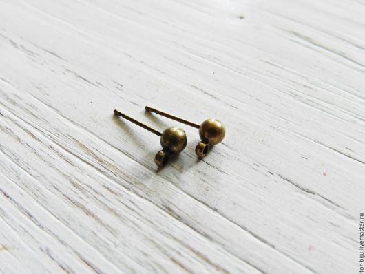 Основа для сережек гвоздиков пуссеты с силиконовыми заглушками в комплекте Шарик 4 мм, Материал  - латунь, Цвет  Бронза, длина гвоздика 15 мм, петелька 1,5 мм (арт. 1548)