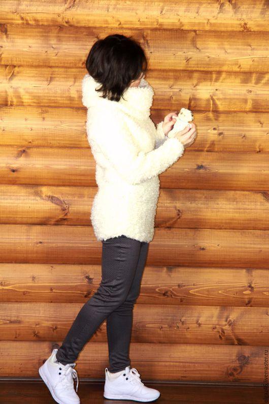 """Кофты и свитера ручной работы. Ярмарка Мастеров - ручная работа. Купить Свитер вязанный """"Белый Сочи"""". Handmade. Белый, полушерсть"""