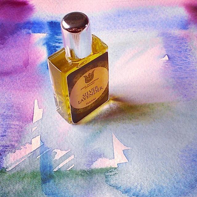 натуральные духи Silver lavender - прохладный лавандовый фужер.