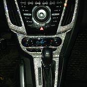 Дизайн и реклама ручной работы. Ярмарка Мастеров - ручная работа Накладка на переднюю панель форд фокус 3 Swarovski. Handmade.