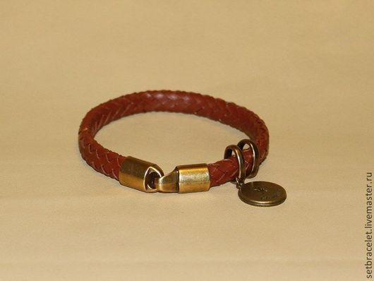 Браслеты ручной работы. Ярмарка Мастеров - ручная работа. Купить Женский кожаный браслет плетенный коричневый, знаки зодиака. Handmade.