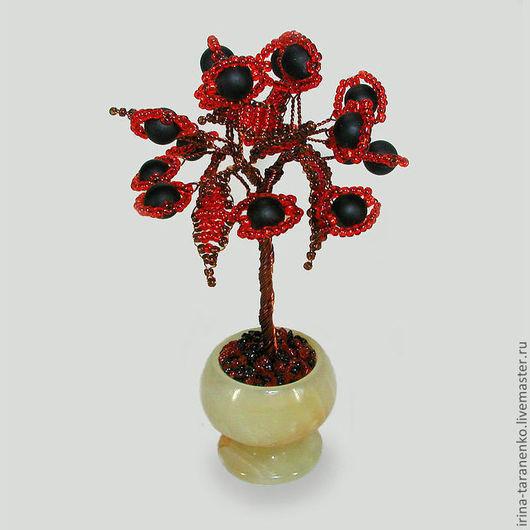 Миниатюрное дерево любви из шунгита в вазочке из оникса