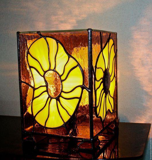 Освещение ручной работы. Ярмарка Мастеров - ручная работа. Купить Лампа. Handmade. Светильник, стекло ручной работы, витражи