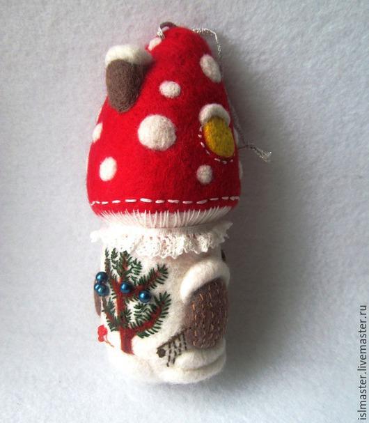 Ёлочная игрушка Домик Грибок